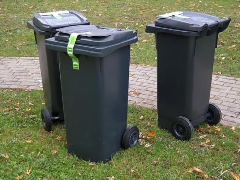 Ilustrativna slika kanti za smeće